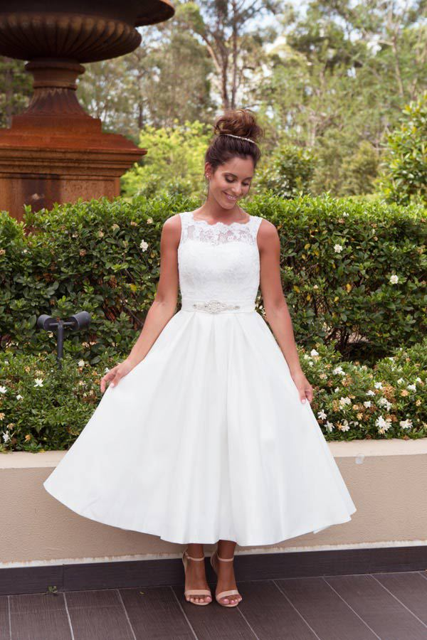 Daisy_3_By_Lilly_Bridal_Wedding_Dresses